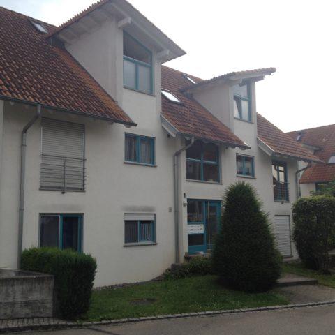 3-Zimmerwohnung mit sonnigem Balkon + Tiefgaragenstellplatz in ruhiger Lage von Rielasingen, FREI ab Februar 2019!!!